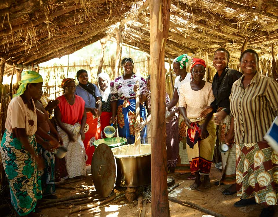 Camfed Malawi Mothers Primary School Meals