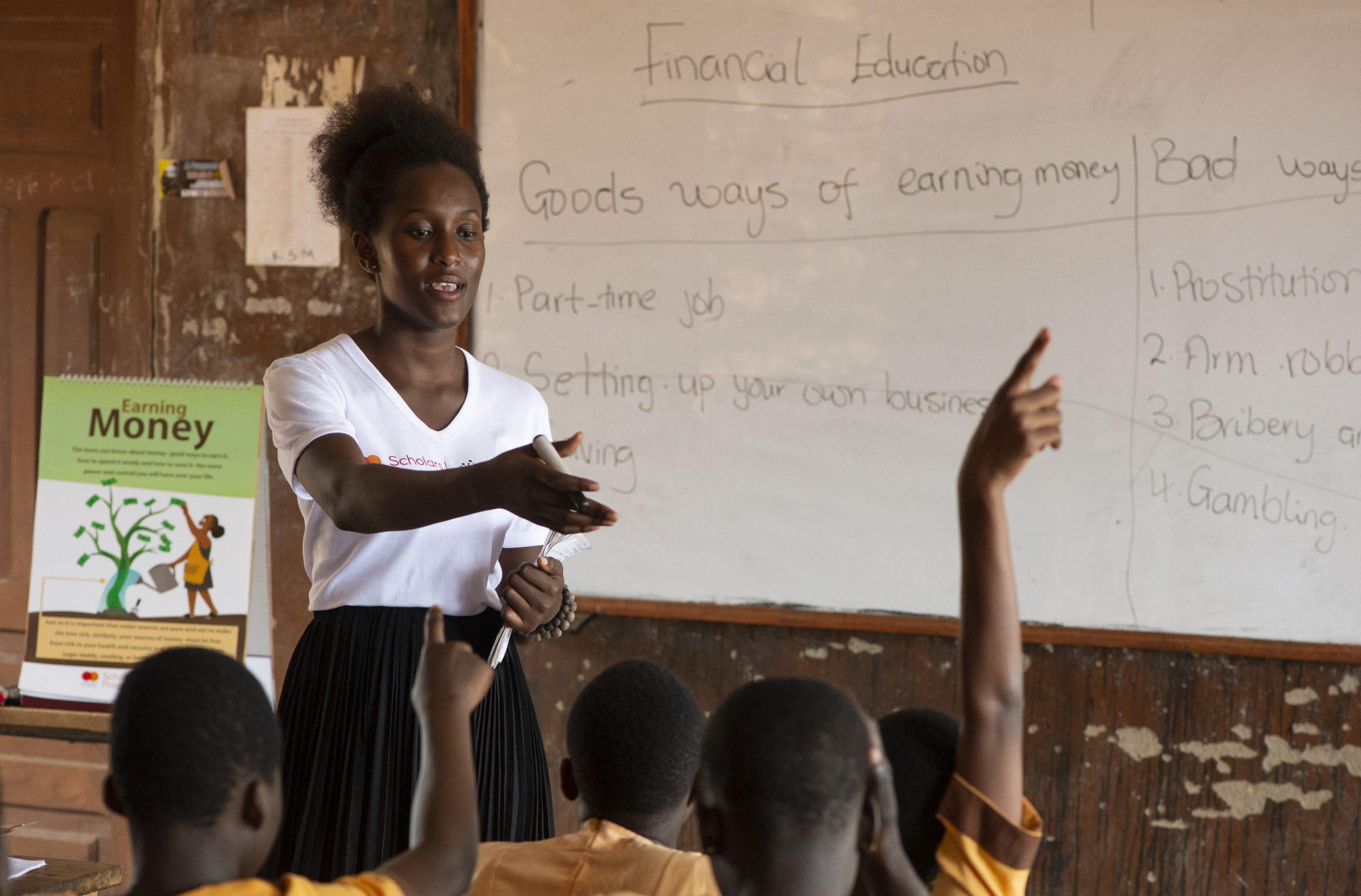 Clara-Shaibu-Waale-732714-Leading-School-Session-Tamale-GH-Eliza-Powell-1-August-2018-DSC_8469
